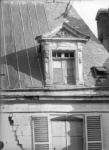 Maison Lucarne, Verneau, G.,