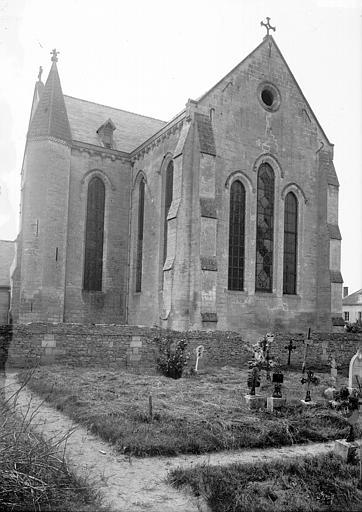 Eglise Côté sud-est, Enlart, Camille (historien),