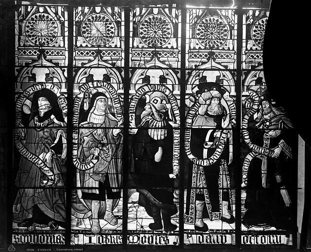 Cathédrale Notre-Dame Vitrail, bras nord du transept, prophètes, après restauration, Leprévost (photographe),