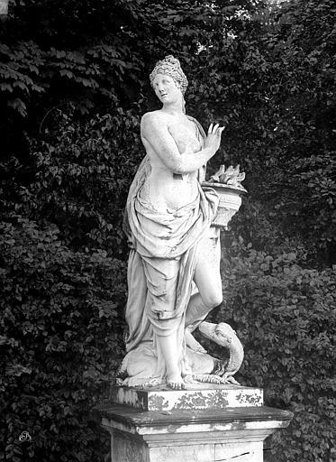 Château ; Domaine National Parc. Statue du Feu, Durand, Jean-Eugène (photographe),