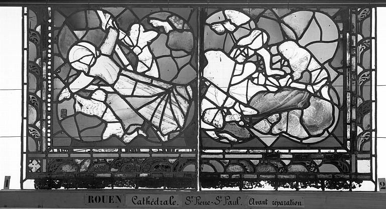 Cathédrale Vitrail, sacristie des Chanoines, saint Pierre et saint Paul, douzième panneau, Heuzé, Henri (photographe),