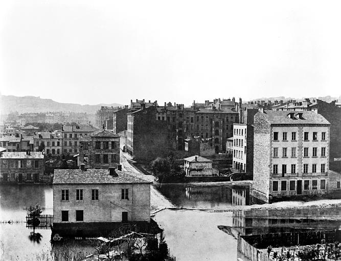 Vue des quartiers des Brotteaux (partie droite d'un panorama), Baldus, Edouard (photographe),