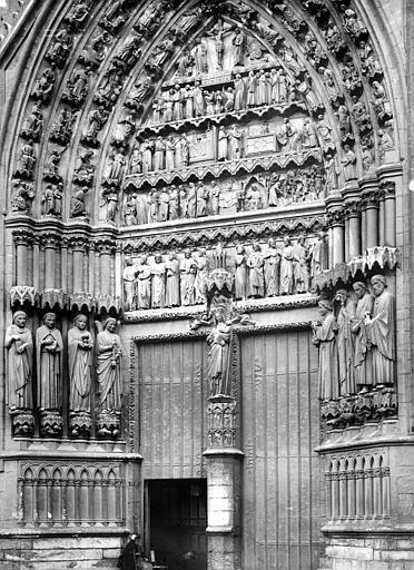 Cathédrale Notre-Dame Portail du transept sud, Durand, Jean-Eugène (photographe),