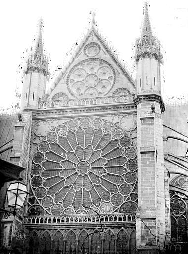 Basilique Saint-Denis Rose, Durand, Eugène (photographe),