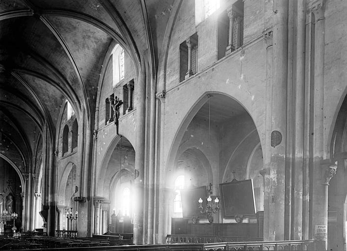 Eglise Saint-Pierre-de-Montmartre Nef vue de l'entrée, Enlart, Camille (historien),