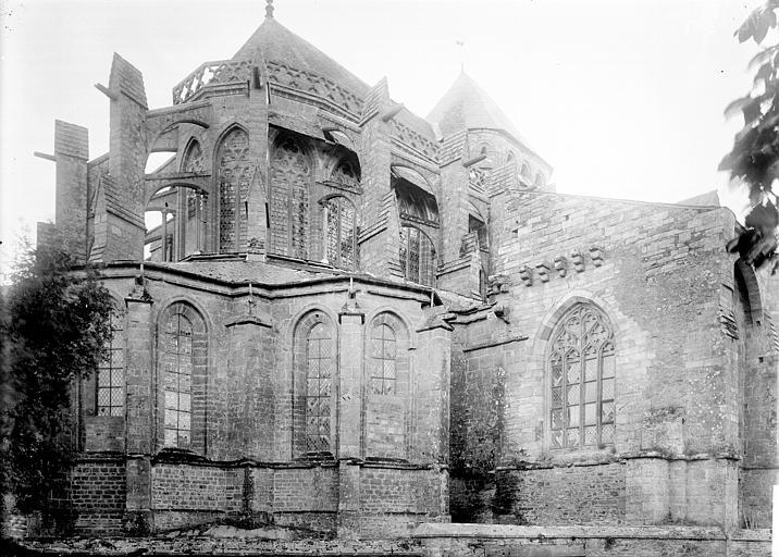 Eglise Saint-Sauveur Abside, Enlart, Camille (historien),