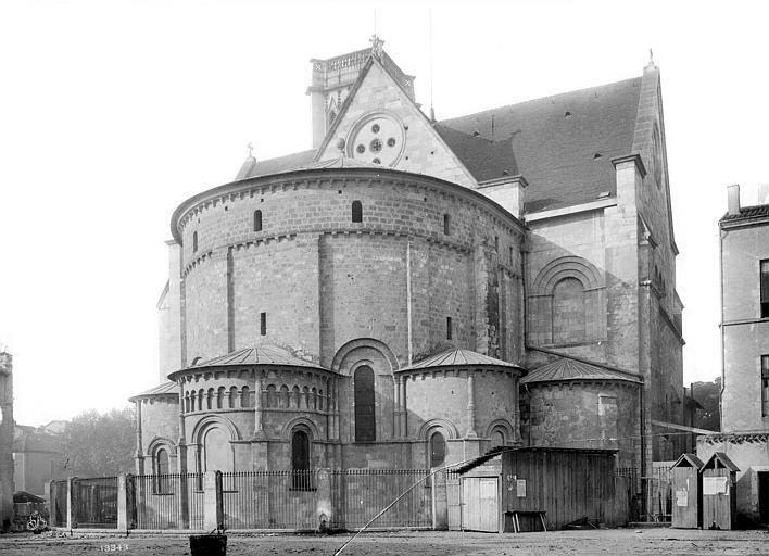 Cathédrale Saint-Caprais Abside et transept nord, Mieusement, Médéric (photographe),