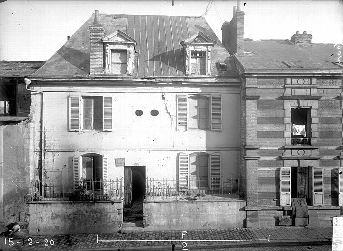 Maison Façade sur rue, Verneau, G.,