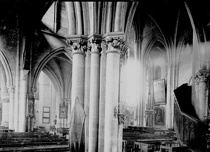 Eglise Saint-Médard Nef: vue diagonale, Enlart, Camille (historien),
