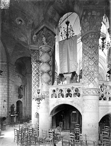 Eglise Sainte-Radegonde Vue intérieure du déambulatoire, côté est, Gossin (photographe),