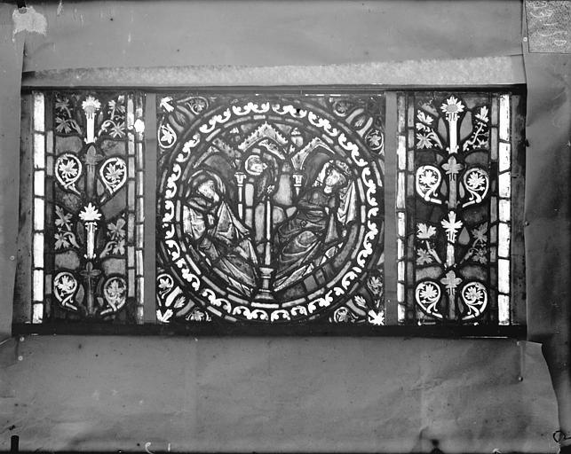 Eglise Saint-Gengoult Vitrail de l'abside, lancette gauche, panneaux inférieurs 1, Romanais (photographe),