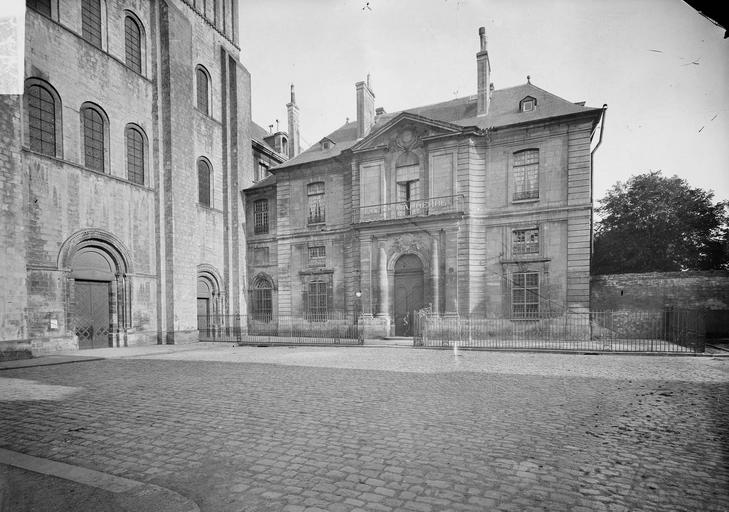 Abbaye aux Hommes (ancienne) Pavillon d'entrée, Service photographique,