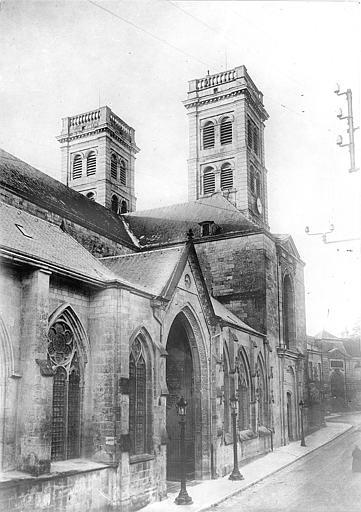 Cathédrale Notre-Dame-de-l'Assomption Façade nord prise en perspective vers l'ouest, Vercollier (abbé),