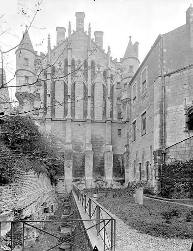 Palais des Comtes de Poitiers (ancien) ; Palais de Justice Grand pignon de la salle des Pas perdus, Gossin (photographe),