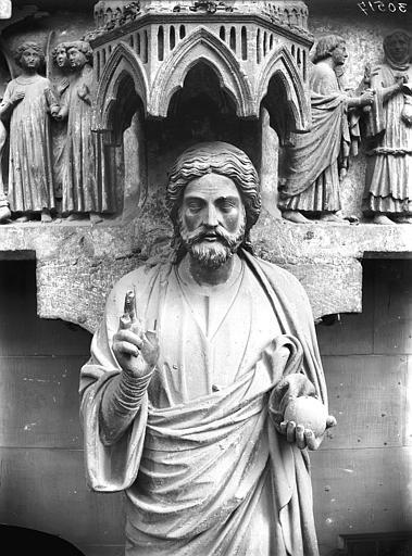 Cathédrale Notre-Dame Portail nors, buste du Beau Dieu, Lajoie, Abel,