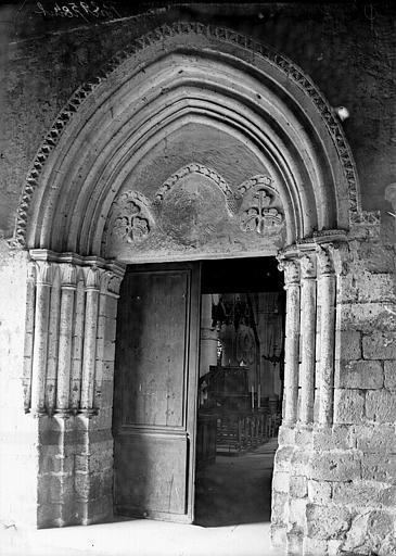 Eglise Saint-Gervais Portail, Enlart, Camille (historien),