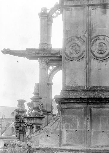 Eglise Saint-Pierre Gargouille et pinacle, Durand, Jean-Eugène (photographe),