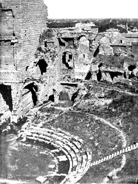 Amphithéâtre Gradins (partie gauche du panorama), Baldus, Edouard (photographe),