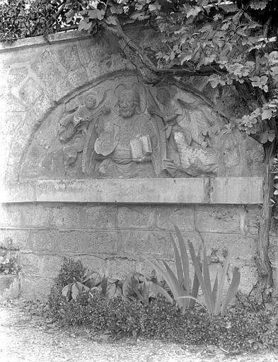 Eglise Tympan : Christ bénissant, Chaine, Henri (architecte),