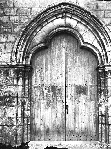Eglise Portail, Louzier (photographe),