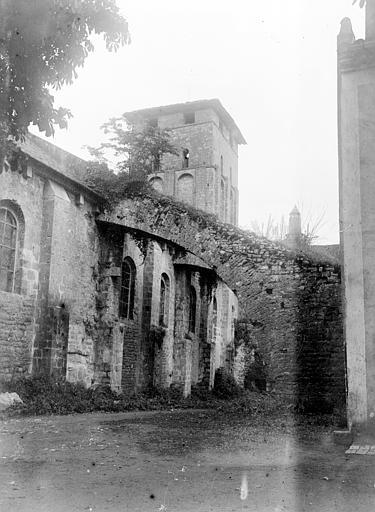 Eglise Clocher et arc-boutant, Chaine, Henri (architecte),