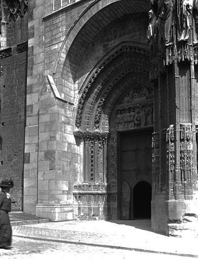 Cathédrale Portail Saint-Jean, Chaine, Henri (architecte),