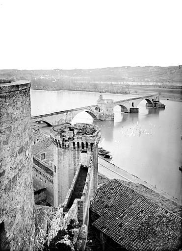 Pont Saint-Bénézet Pont pris des remparts, Mieusement, Médéric (photographe),