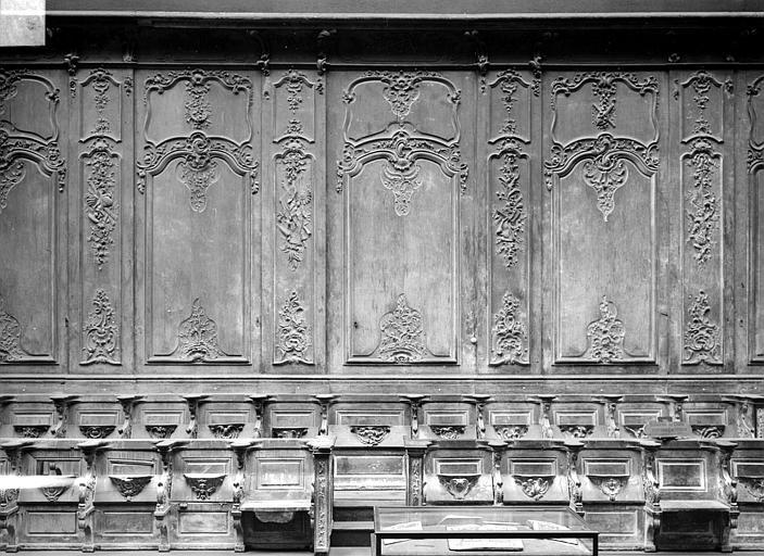 Cathédrale Notre-Dame-de-l'Assomption Stalles, trois travées, sud, Heuzé, Henri (photographe),
