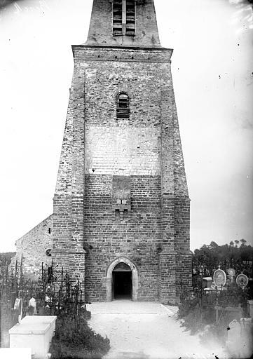 Eglise Saint-Jean-Baptiste (supposée) Façade ouest, tour, Enlart, Camille (historien),
