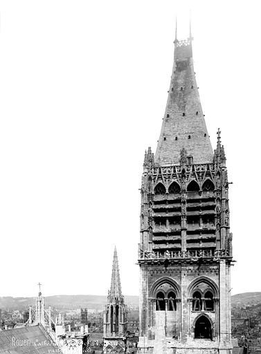 Cathédrale Notre-Dame Tour Saint-Romain : partie supérieure, côté est, Mieusement, Médéric (photographe),