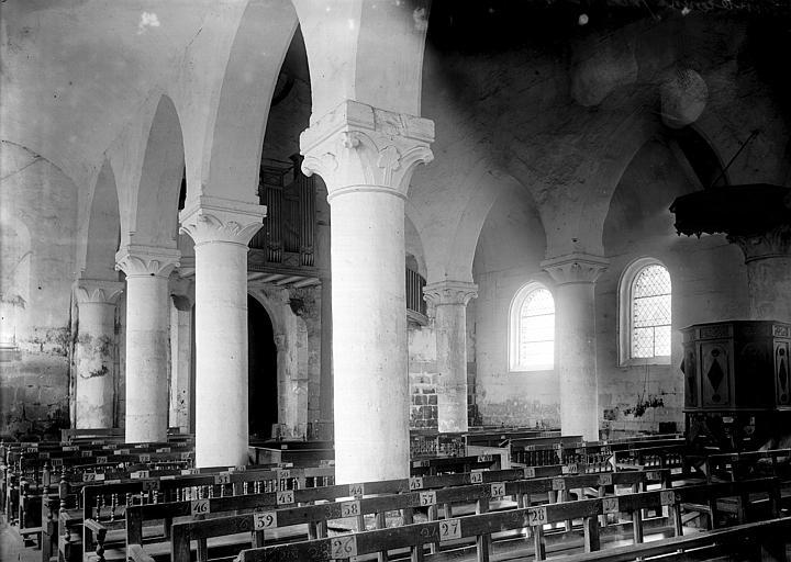 Eglise Nef: vue diagonale, Enlart, Camille (historien),