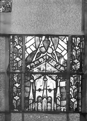 Eglise Saint-Gengoult Vitrail du transept nord, fenêtre B, 2ème lancette à gauche, panneaux au dessus 15, 16, Romanais (photographe),