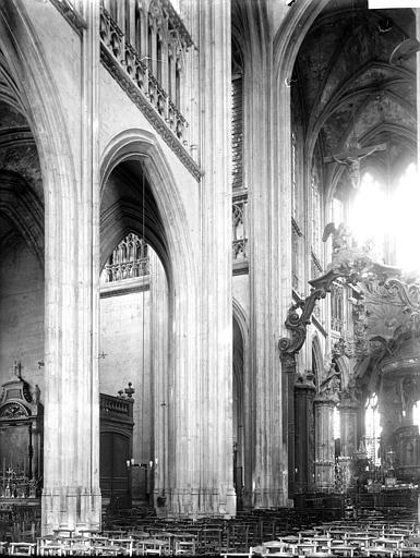 Eglise Saint-Lô Nef, Enlart, Camille (historien),