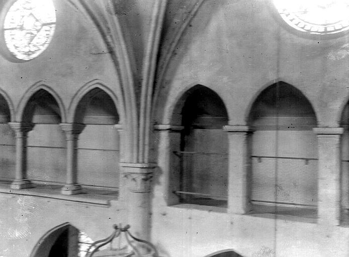 Eglise Triforium, Chaine, Henri (architecte),