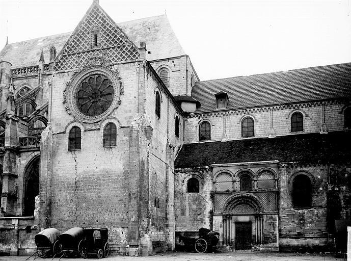 Eglise Saint-Etienne Façade latérale, Enlart, Camille (historien),