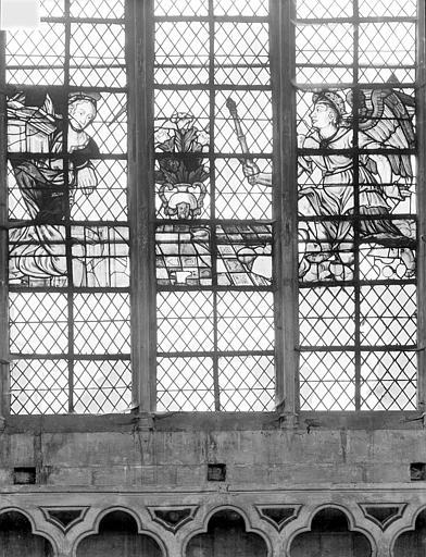 Cathédrale Saint-Vincent (ancienne) Vitrail de la nef, côté sud (restes) : L'Annonciation, Heuzé, Henri (photographe),