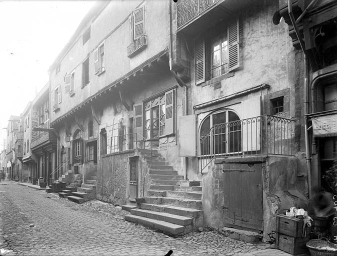 Maison dite des Capucins Façade sur rue, Jarron (photographe),