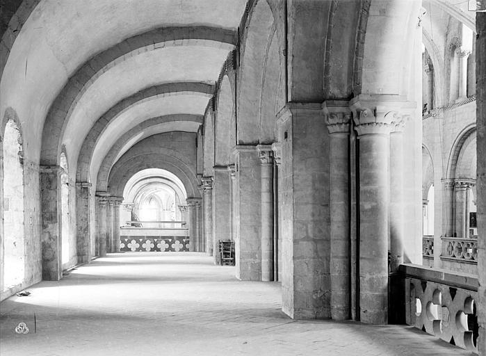 Eglise de Saint-Etienne-le-Vieux (ancienne) Vue intérieure de la tribune sud de la nef, Durand, Jean-Eugène (photographe),