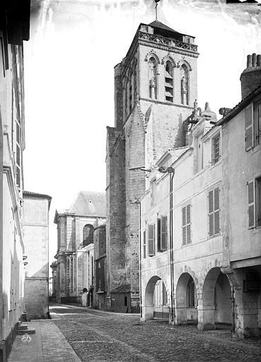 Cathédrale Saint-Louis Tour Saint-Barthélémy (clocher de l'ancienne église), côté nord, Mieusement, Médéric (photographe),