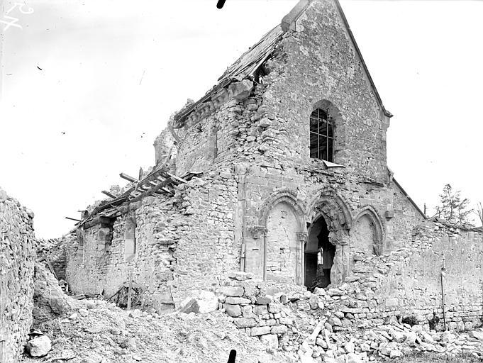 Eglise Saint-Rémi Ensemble nord-ouest, Queste, P. photographe),