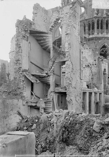 Maison Noyau d'escalier, Verneau, G.,