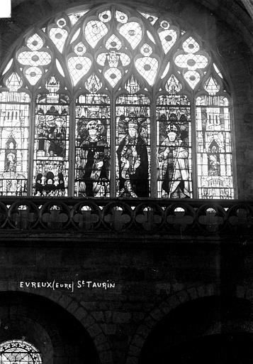 Eglise Saint-Taurin Vitrail, Robert, Paul (photographe),