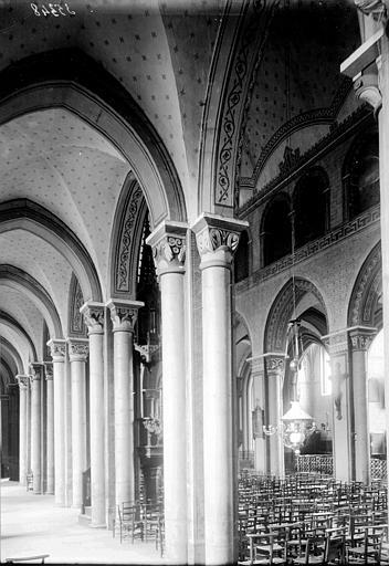 Eglise Saint-Amable Vue diagonale de la nef, Enlart, Camille (historien),