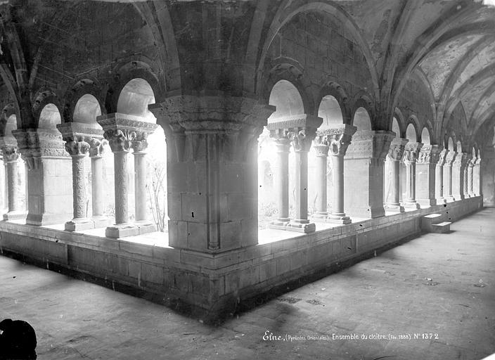 Eglise Cloître : Vue intérieure des galeries nord et ouest, Mieusement, Médéric (photographe),