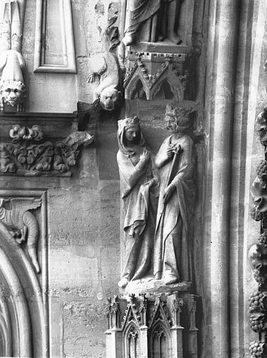 Cathédrale Notre-Dame Portail ouest, groupe, Salomon et la reine de Saba, Lajoie, Abel,