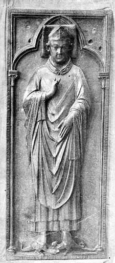 Cathédrale Notre-Dame Statue funéraire de Geoffroy d'Eu, Mieusement, Médéric (photographe),