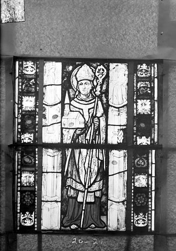 Eglise Saint-Gengoult Vitrail du transept sud, fenêtre A, 3ème lancette, panneaux 20, 21, Romanais (photographe),