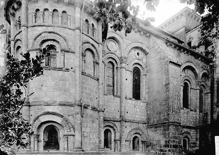 Eglise Saint-Eutrope Abside au nord, Enlart, Camille (historien),