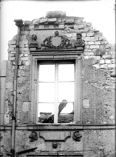Maison Façade sur cour, détail, Verneau, G.,