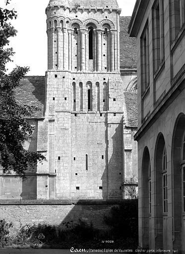 Eglise Saint-Michel-de-Vaucelles Clocher, partie inférieure, Mieusement, Médéric (photographe),